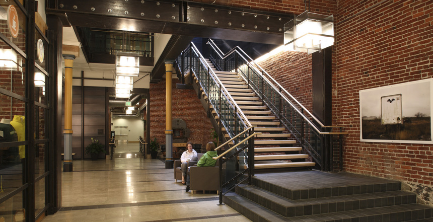 Main lobby off NW Couch Street.